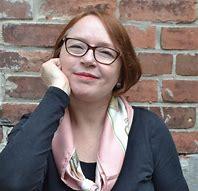 Shari Lapena escritora de novela negra y de misterio